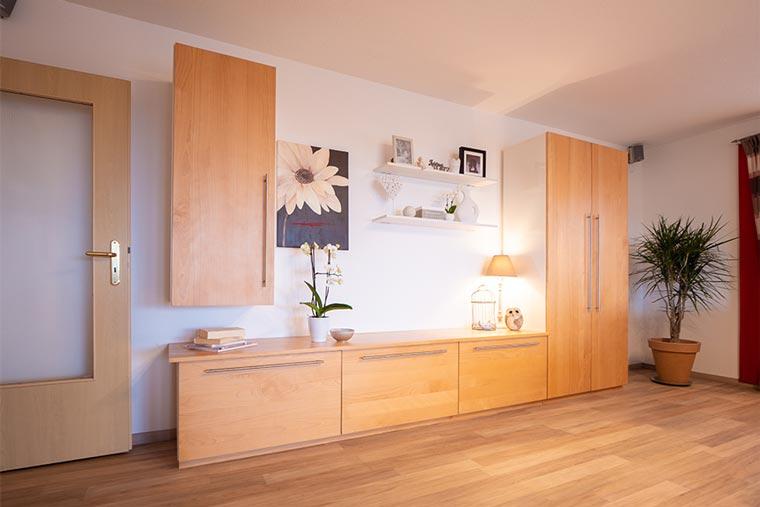 Möbel aus Holz von Schreinerei Bachinger