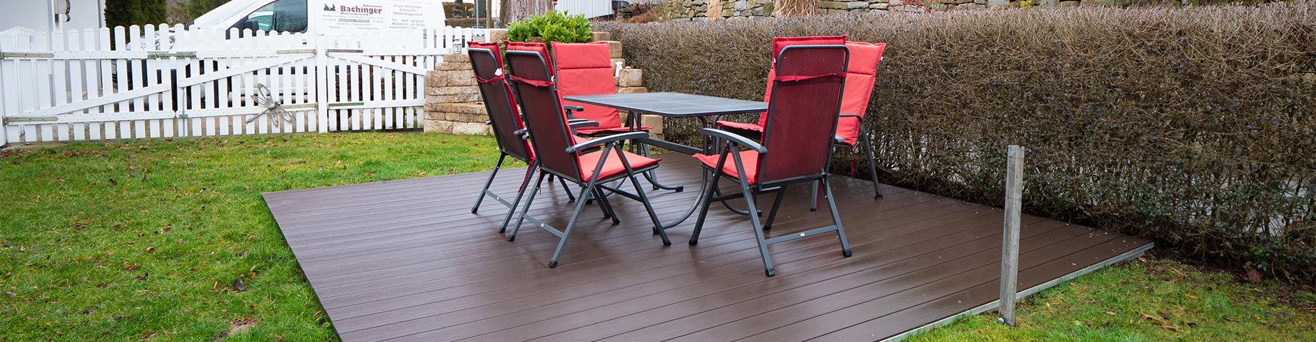 Terrasse mit Holzboden von Schreinerei Bachinger