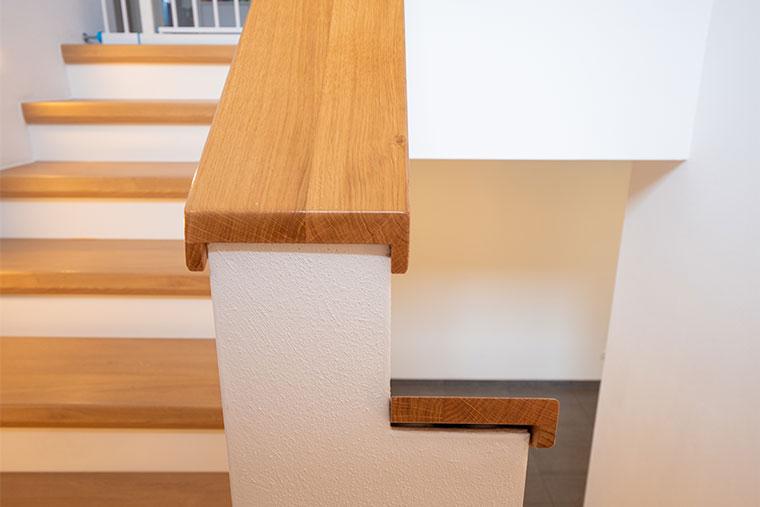Treppengeländer aus Holz